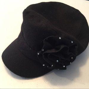 Black hat w/ flower & rhinestone studs D&Y